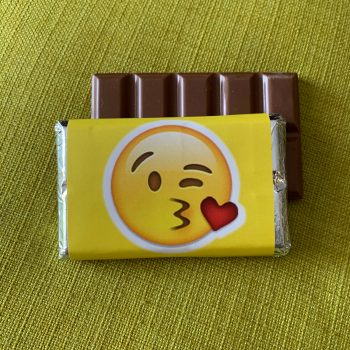 emoji blowing kisses| medium| chocolate bar | sweetalk