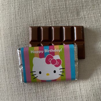 happy birthday with hello kitty | medium | chocolate bar | sweetalk