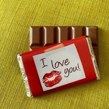 i love you chocolate with red lips | medium | chocolate bar | sweetalk